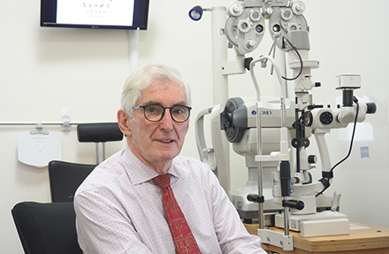 Dr Alan Johnston Low Vision Optometrist