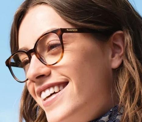 image of girl wearing glasses